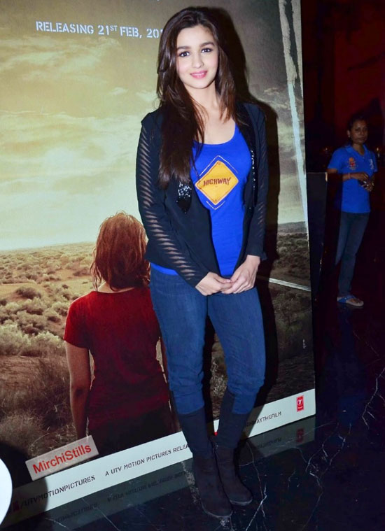 Alia Bhatt in Jeans