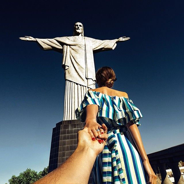Murad Osmann chased to Christ the Redeemer statue,  Brazil