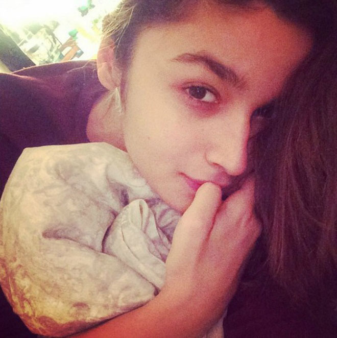 No Makeup Celebrity - Alia Bhatt