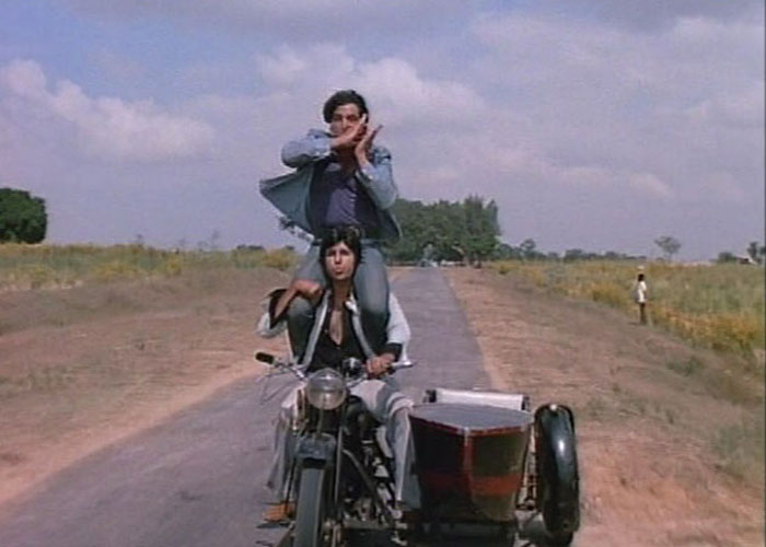 Bollywood movies based on friendship - Sholay