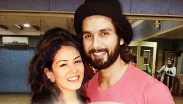 Shahid has gifted Mira a ring worth Rs. 23 lakhs
