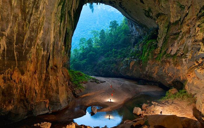 Thien Cung Cave, Vietnam