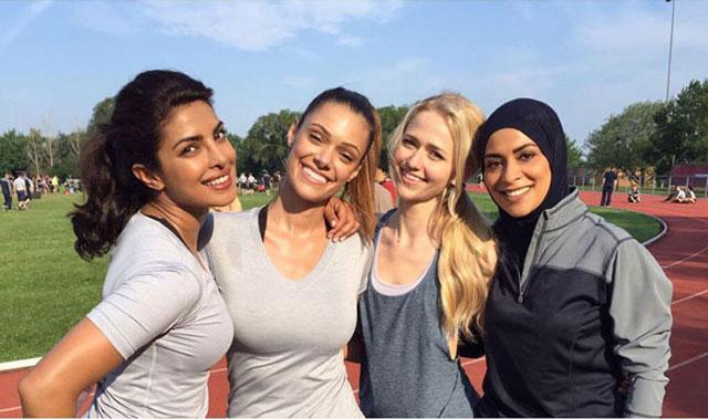 Here she is with fellow cast members Anabelle Acosta, Johanna Braddy, and Yasmine Al Massri.